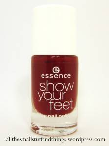 Essence Show your feet - 08 divalicious red